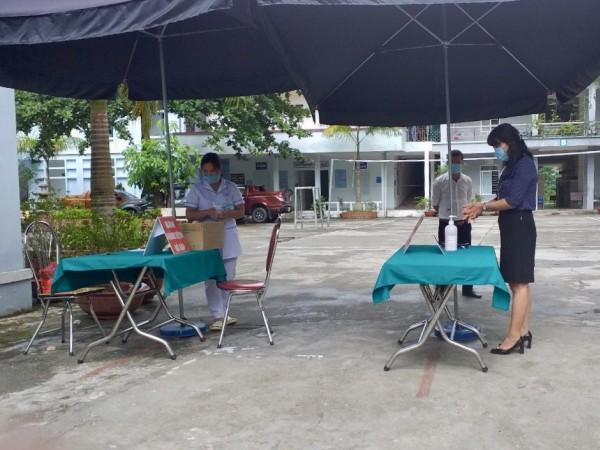 Bệnh viện ĐKKV Hoàng Su Phì tăng cường công tác phòng chống dịch bệnh COVID